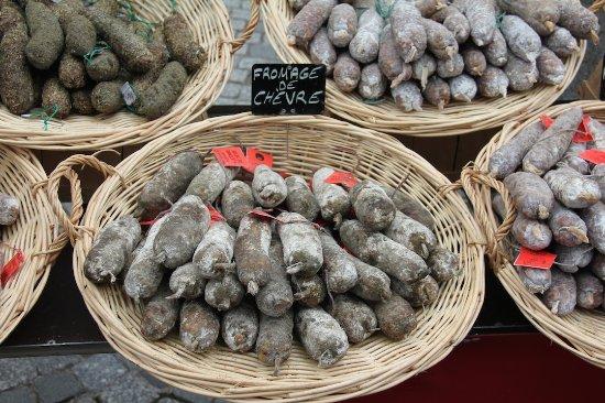 Terrasson-Lavilledieu, Fransa: 羊肉腸?!