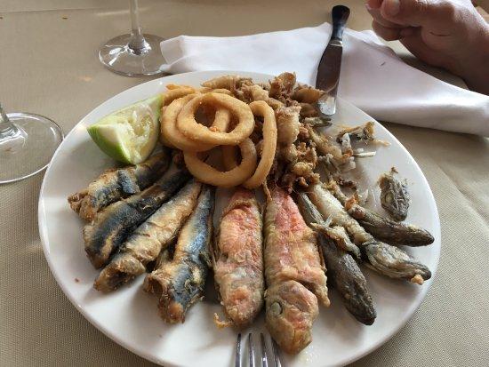 Cabo de Palos, Spanien: Muy buen comida, buen servicio y rápido.