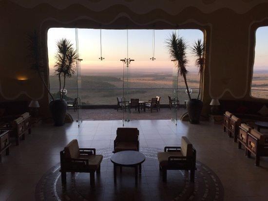 Mara Serena Safari Lodge: Lobby