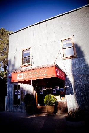 Coquelicot Tasting Room in Los Olivos