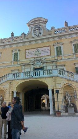 Colorno, Italia: particolare della reggia