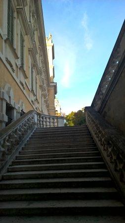 Colorno, Italia: scalone della reggia