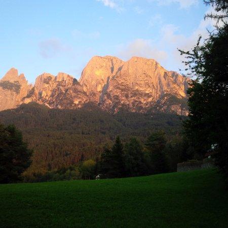 Fie allo Sciliar, Italia: Panorama nei dintorni del residence
