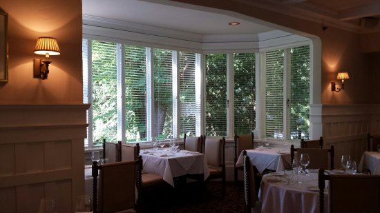 Hart House Restaurant: Beautiful view, wonderful food!