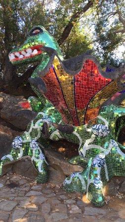 Tarot Garden : photo0.jpg