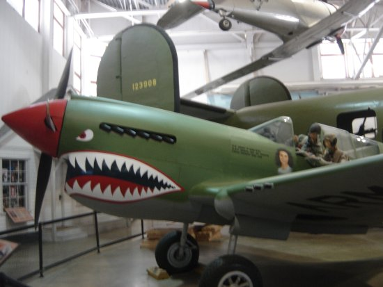 Hill Aerospace Museum : P-40