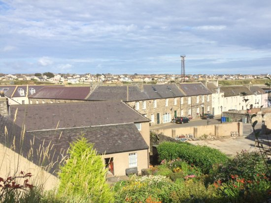 Wick Heritage Museum: The view from the top of the museum garden