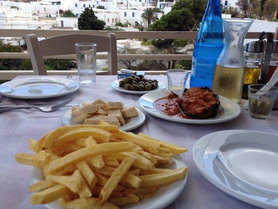Lefkes, Yunanistan: Antipastino greco