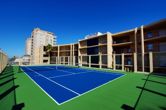 Suntide II Resort Condominiums: Play tennis, we have rackets in the Office downstairs