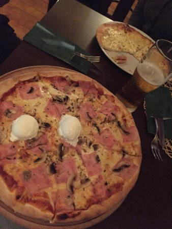 Touch Club Pizzeria