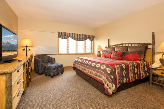 Jackson hole lodge 112 1 9 9 updated 2018 prices hotel reviews wy tripadvisor for 2 bedroom suites in jackson hole wy