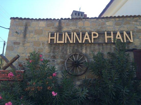 Adatepe, Turquía: Hunnap Han