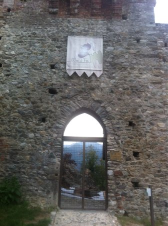 Sant'Ambrogio di Torino, Italy: Castello Abbaziale