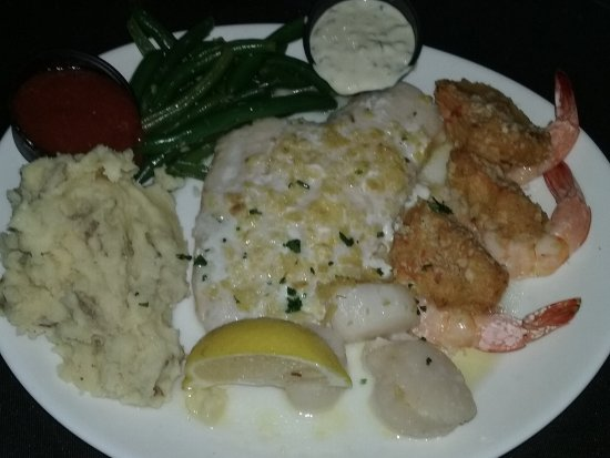 Creek Side Restaurant: Seafood Platter