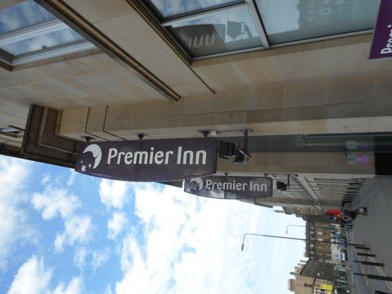 Premier Inn Edinburgh City Centre (Haymarket) Hotel: ArghyaKolkata Premier Inn Edinburgh Haymarket-1