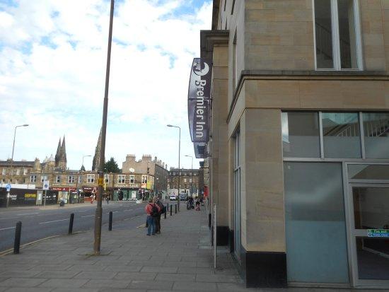 Premier Inn Edinburgh City Centre (Haymarket) Hotel: ArghyaKolkata Premier Inn Edinburgh Haymarket-2