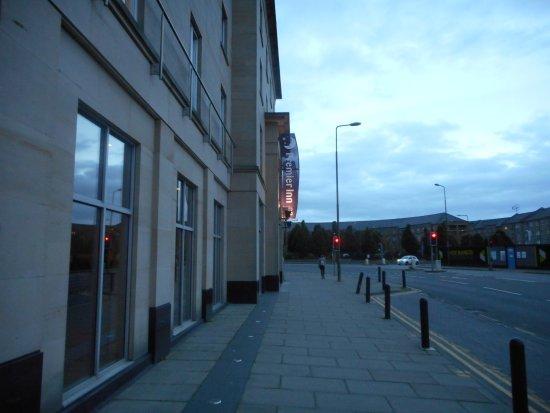 Premier Inn Edinburgh City Centre (Haymarket) Hotel: ArghyaKolkata Premier Inn Edinburgh Haymarket-4
