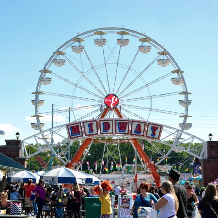 West Springfield, MA: Big E - Midway