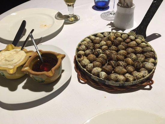 Caracoles a la patarrelada - Restaurant Ibèric (Ullastret - Girona)