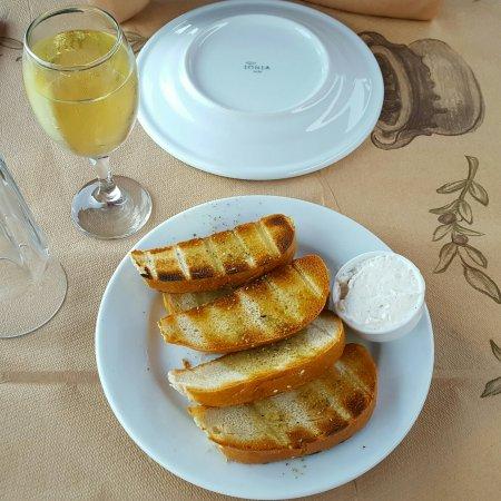 Sivota, Hellas: 20160920_190753_large.jpg