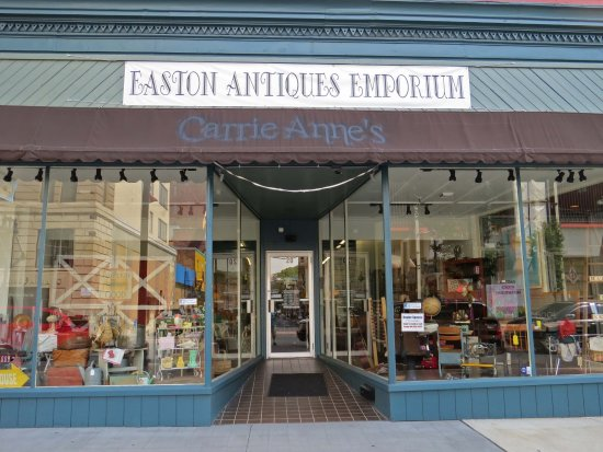 ‪Easton Antiques Emporium‬