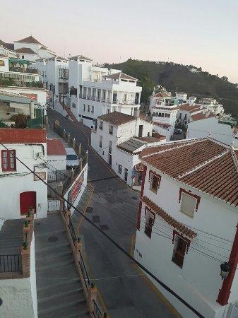 Cómpeta, España: 20160916_192839_large.jpg