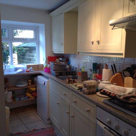 Holmfirth, UK: Kitchen