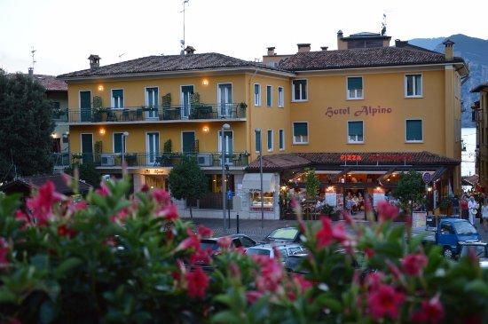 阿爾皮諾飯店