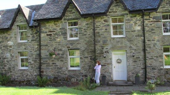 Crianlarich, UK : farm house