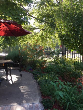 Chico, CA: Great patio!