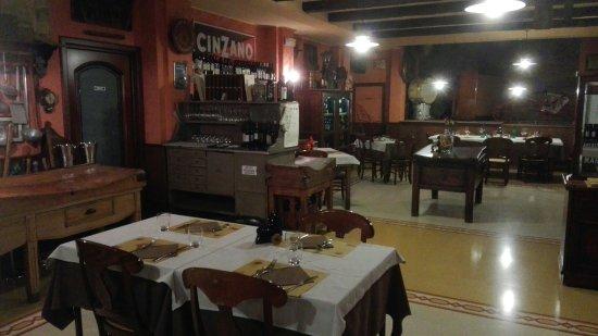 Fiorenzuola d'Arda, Italia: IMG_20160920_221043_large.jpg