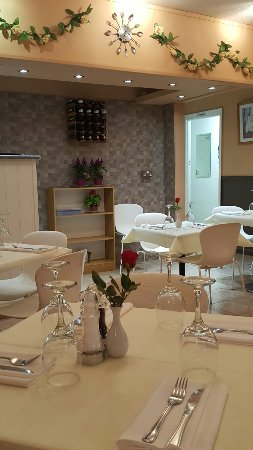 Luna Coffee House