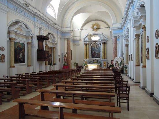 Марта, Италия: La navata