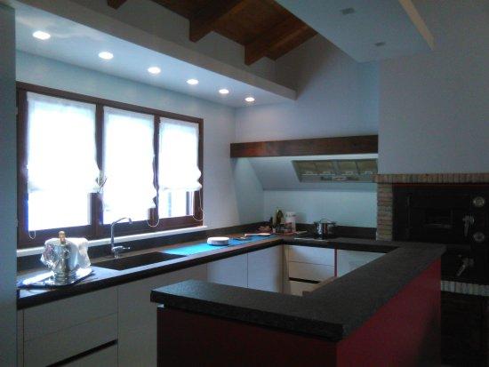 Cucina open space picture of agriturismo il pettirosso fano