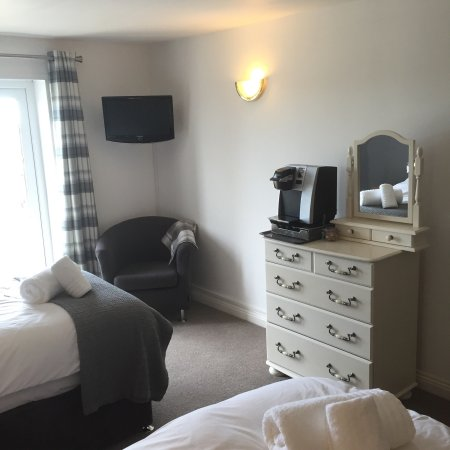 St Issey, UK: Halfway House Inn