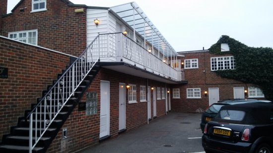 Shepperton, UK: View of Annex Rooms