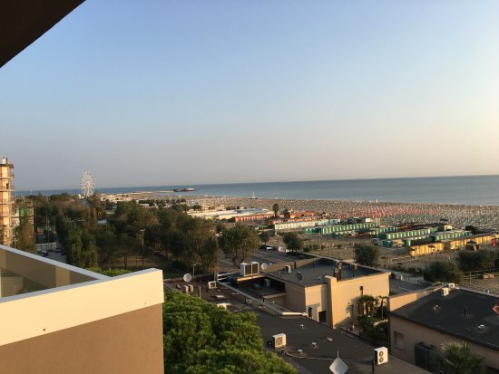 Holiday Inn Rimini Imperiale: The VIEW from the hotels restaurant.