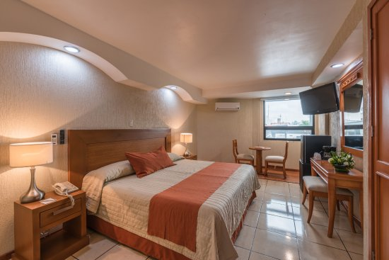 Malibu Hotel: Habitación con cama king