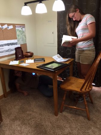 Pagosa Springs, CO: Find clues