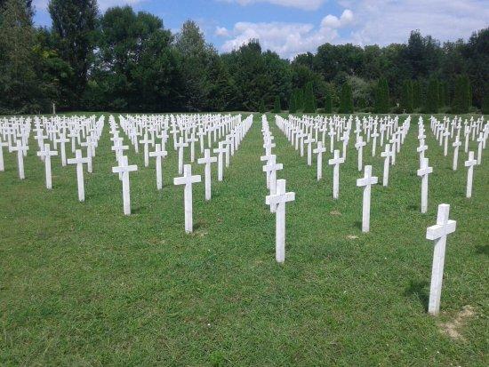 Vukovar, โครเอเชีย: Recordatorio de los combatientes croatas