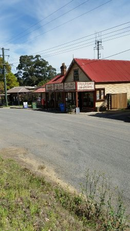 Wollombi, ออสเตรเลีย: A little  bit of Australian  history. Lovely quant old buildings.