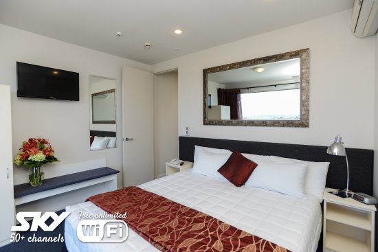 Bluewater Hotel: 2 bedroom Apartment main bedroom
