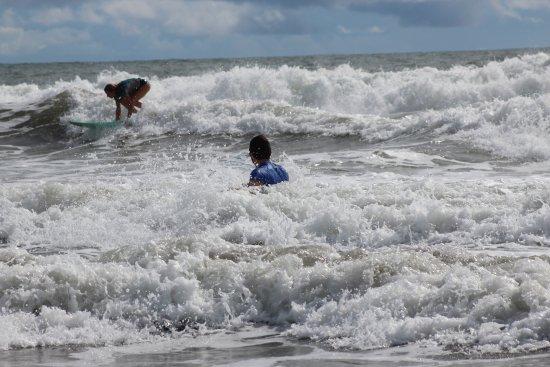 Playa Grande, كوستاريكا: Nice white water