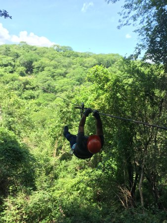 Veraneando Adventure Zipline Tour and River Ride Tour: Absolutely beautiful!!! Our guide Hector & all the zip line & ATV guides were very nice and prof