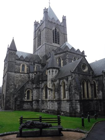 Christ Church Cathedral: Exterior