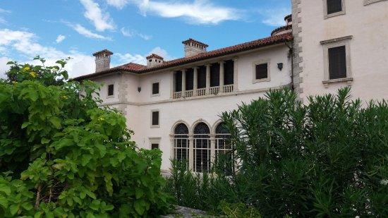 Vizcaya Museum and Gardens: Vista externa