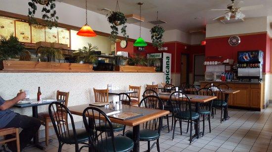 East Windsor, CT: Dining Area