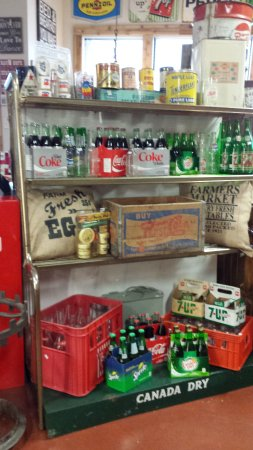 Agassiz, Canadá: Coke and Canada Dry display