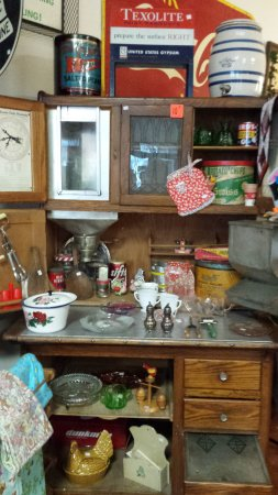 Agassiz, Canada: Some of the many antique items for sale...