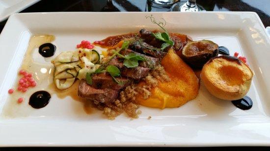 มาสเตอร์ตัน, นิวซีแลนด์: Lamb dish